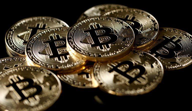 Qué pasaría con el precio del Bitcoin si se conociera la identidad de su creador: el sombrío pronóstico de la plataforma más grande del mercado