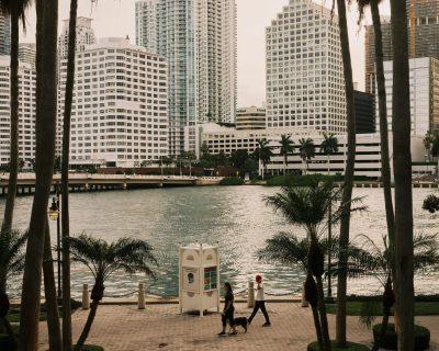 ¿Un muro para detener el cambio climático? Miami lo considera
