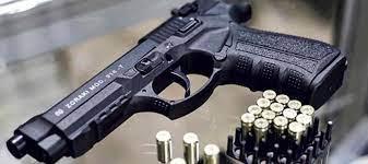 Se firmó el decreto que regula el uso de armas traumáticas en Colombia